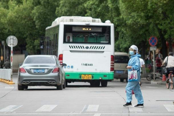 Europa emerge del confinamiento, pero las infecciones en Asia aumentan - 24417f23 photo6 610