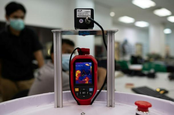 'Medibot' hará rondas en salas de virus de Malasia - 8db70f46 photo2 610
