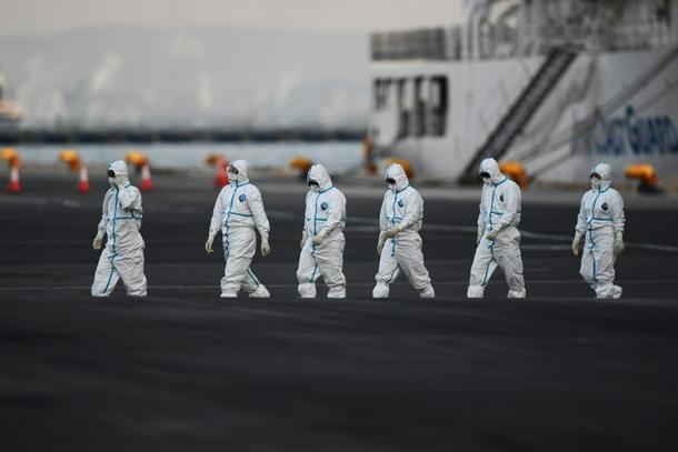 Japón permite que algunos pasajeros salgan del barco en cuarentena en tierra - 3e20c176 photo3 610